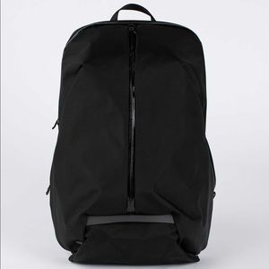 Lululemon Para Backpack